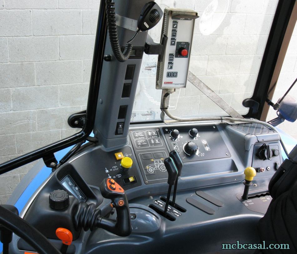New Holland TM 135 12