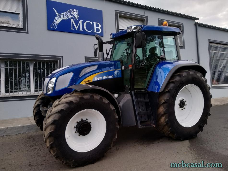 New Holland TVT 175 4