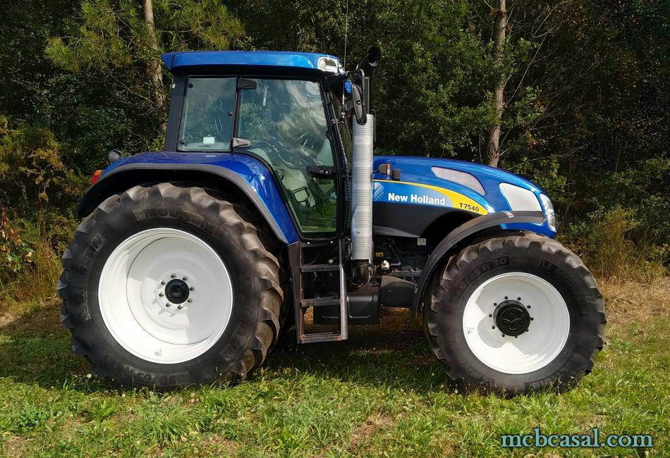 New Holland TVT 175 6
