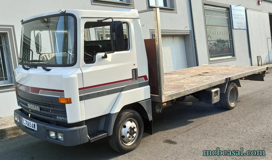Camión Nissan L35.09 3